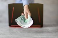 Jak szybko pożyczka internetowa może trafić na twoje konto?